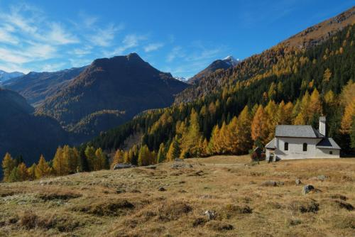 Gipper Kapelle über Hütte